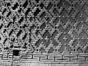 Фигурные кладки из жженого кирпича. Минарет в Вабкенте. 1197 г..