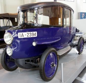 Улучшенная аэродинамика. Berlin, Rumpler Tropfenwagen 1922 год